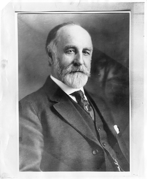 Jesse Walter Fewkes (Credit: Smithsonian Institution Archives).