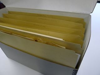 2 Lesley rehoused the papers into folders and document boxes