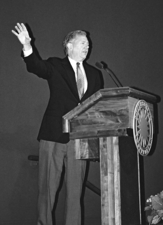 "The Hon. Bruce Babbitt, Secretary, U.S. Department of the Interior (1992-2000), delivering his keynote address, ""A Retrospective View of the Rio Convention"" at the Smithsonian Botanical Symposium, (Photo by Leslie Brothers)"