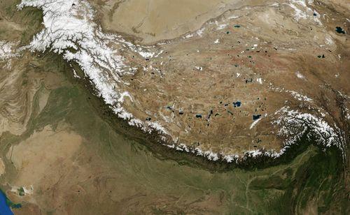 Fig2_Himalayas_landsat_7