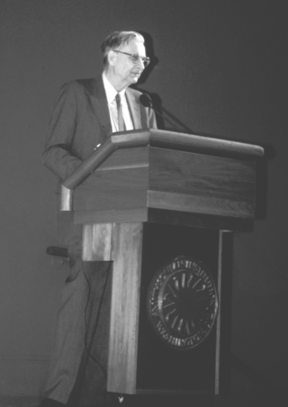"""Edward O. Wilson speaks about """"The Future of Life"""" at the Smithsonian Botanical Symposium.  (Photo by Leslie Brothers)"""