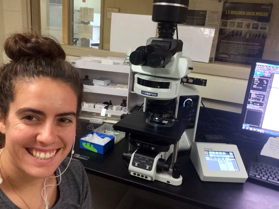 Summer of 2018, first day after training at the epifluorescence scope as a Visiting Researcher.