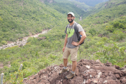 Jacob Suissa visiting Chapada Diamantina National Park, Brazil as a Teaching Assistant for Harvard University's Plant Systematics course.